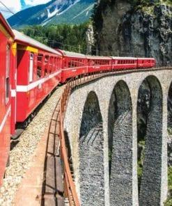 Fototapet med motivet: Tåg genom bergen