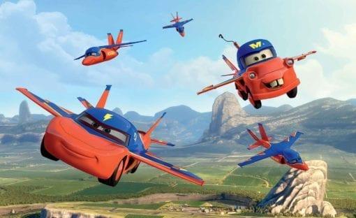 Fototapet med motivet: Disney Bilar Planes Himmel Bärgarn